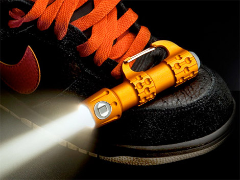 ICON Link Carabiner Flashlight