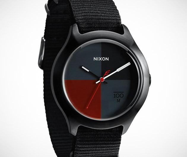Nixon The Quad Watch