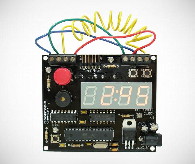 Nootropic Design Defusable Alarm Clock
