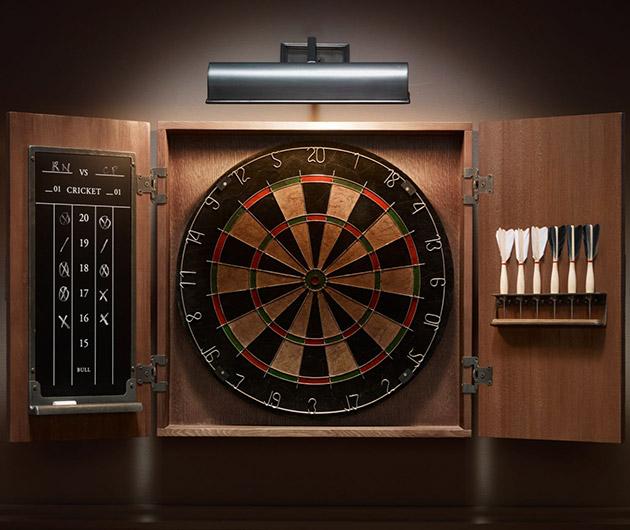 Tournament Dartboard Set