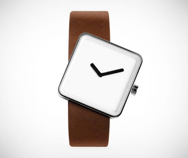Nonlinear Studio Slip Watch