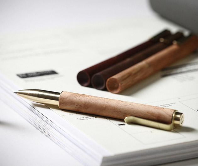 Retro-Essential Pen