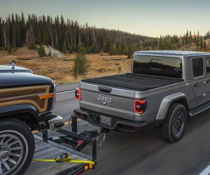 2020 Jeep Gladiator Pick Up Truck