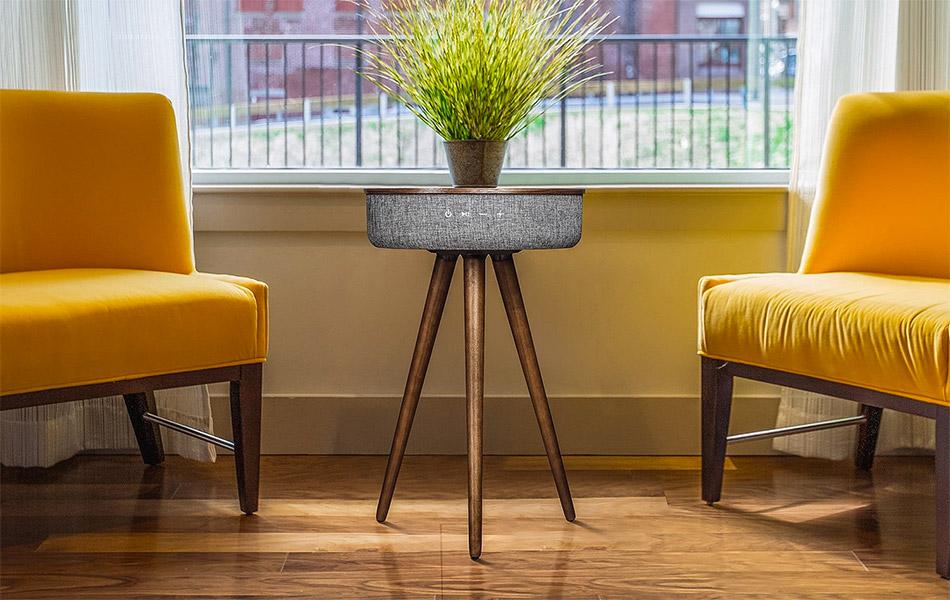 Studio Smart Table