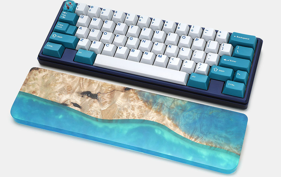 Poco Wood and Resin Keyboard Wrist Rest