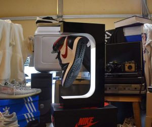 Hypelev Sneaker Stand