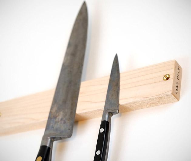 Mag-Blok Wooden Magnetic Holder