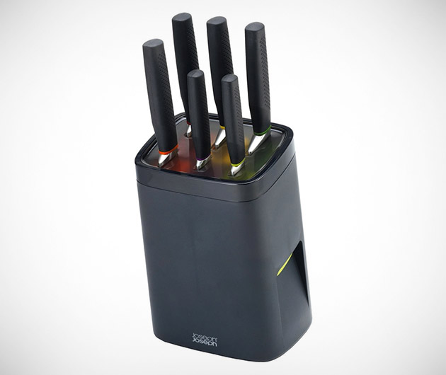 Knife Set with Self Locking Knife Block