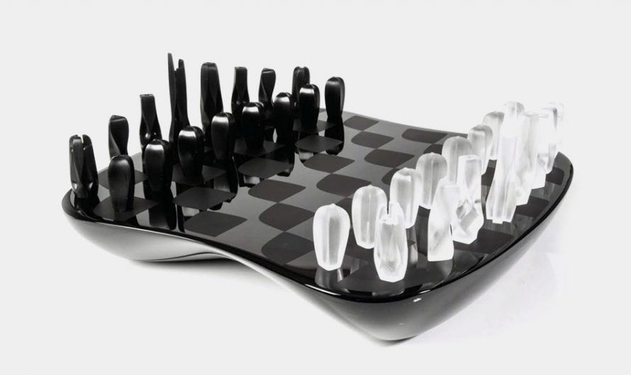 Field of Towers Chess Set