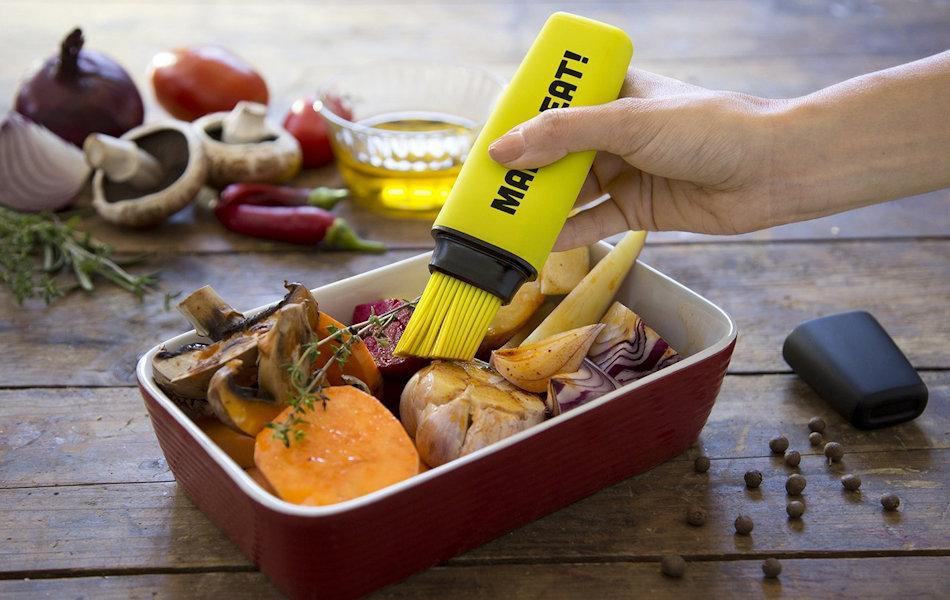 Mark-Eat! Basting Brush