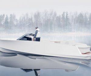 Q30 Electric Boat