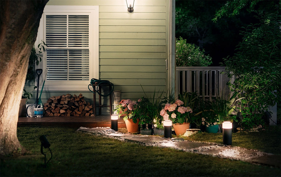 Philips Hue Calla Outdoor Pathway Light