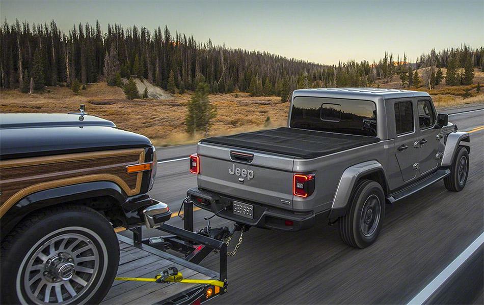 2020 Jeep Gladiator Pick Up Truck