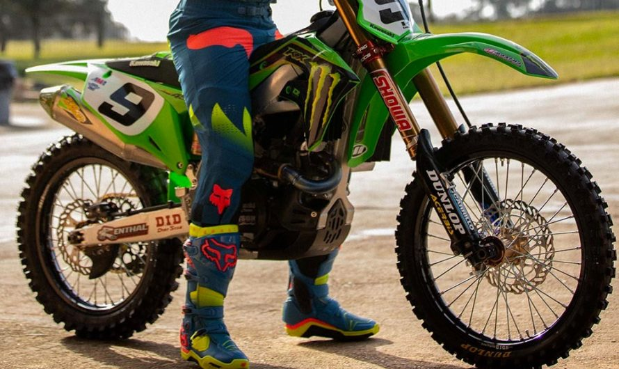Different Types Of Biking Boots To Add To Your Arsenal